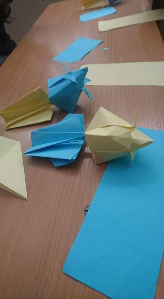 Atelier Origami en Bulgarie lors du projet Erasmus+ Tulip Revolution
